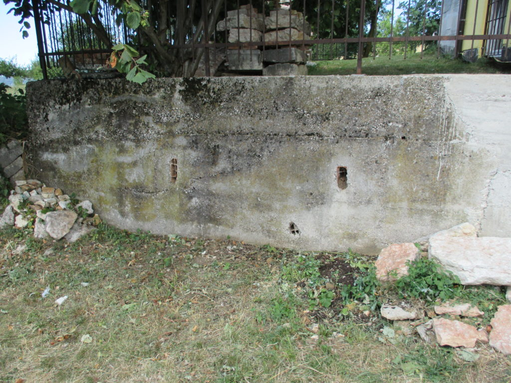 Muro cemento grezzo 1
