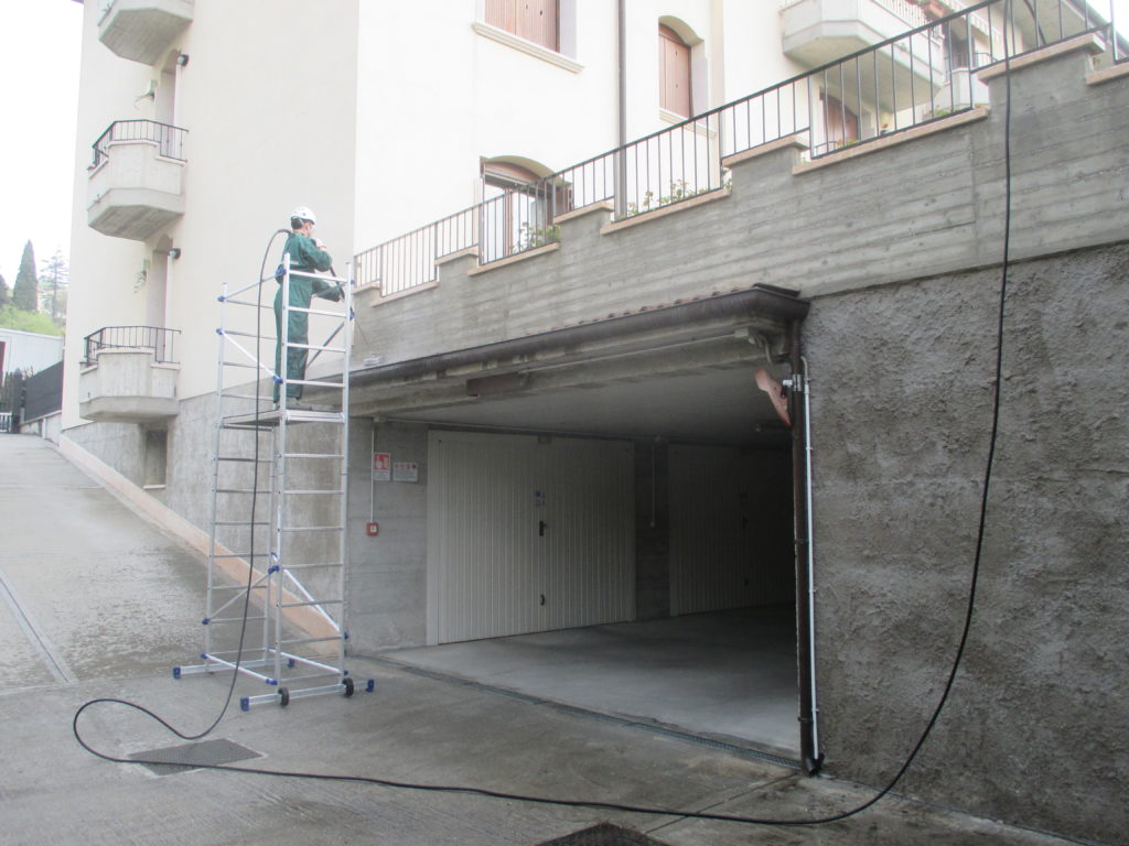 Pulizia muro, che fare?