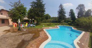 Pulizia cortile con piscina, che fare?