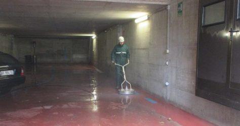Come pulire autorimessa garage